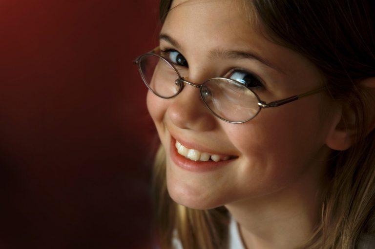 Dzieci też muszą chodzić do okulisty