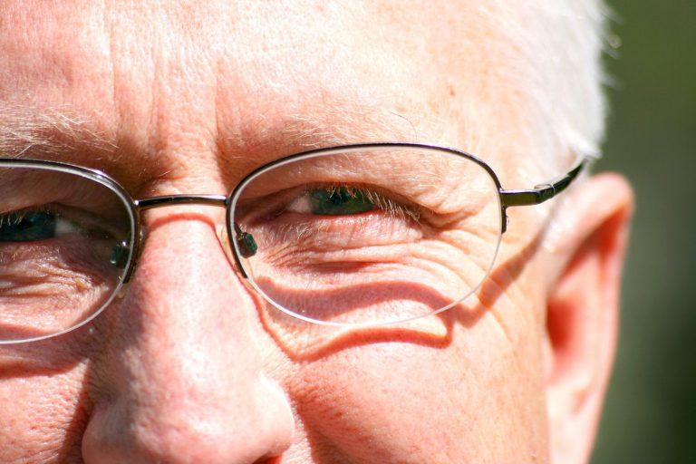 Kiedy powinniśmy udać się do okulisty?