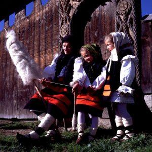 Warto czytać o zwyczajach i tradycjach